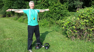 mark mellohusky outdoor kettlebell workout for max fitness in minimum time